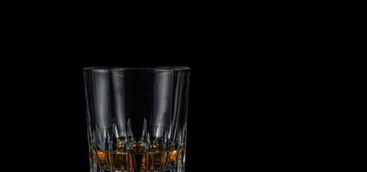 proniknout svět rumu