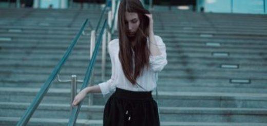 bílé triko