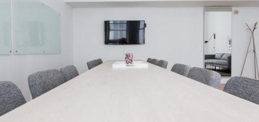 Materiály, z ktorých sa vyrába kancelárske stoličky