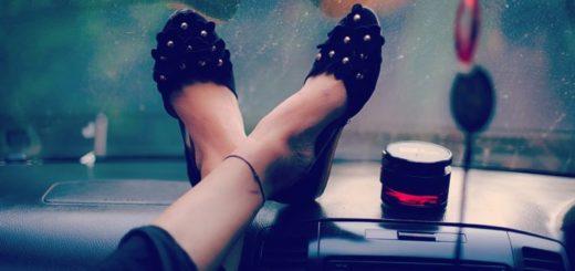 Typy dámskych spoločenských topánok. Máte z každého druhu pár?