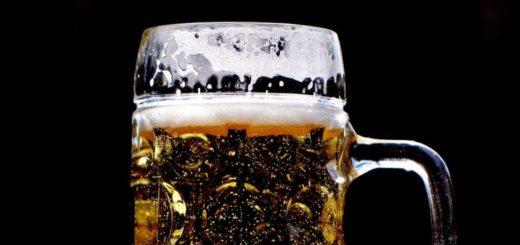 Pivo v PET fľašiach bude pomaly miznúť, prvý krok oznámil Gambrinus