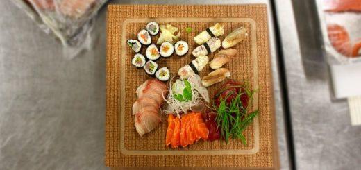 Sushi sa rozváža až domov. Ľudia o rozvoz majú stále väčší záujem