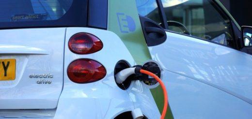 Česko v počte elektromobilov aj ich podpore zaostáva